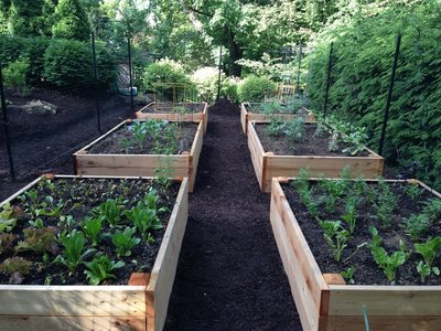 PITTSBURGH GARDEN COMPANY AND COMPOSTING SERVICES   Home